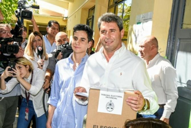 Uñac votó y dijo que los ojos del país están en San Juan