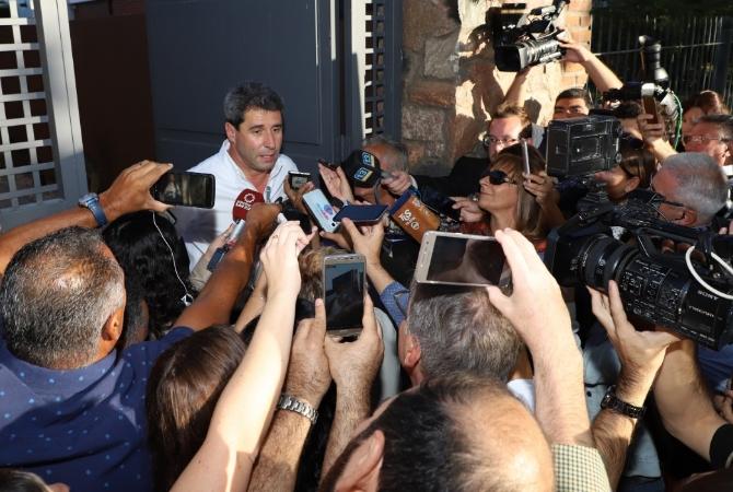 En su mensaje por las PASO, Uñac no se olvidó del gobierno nacional