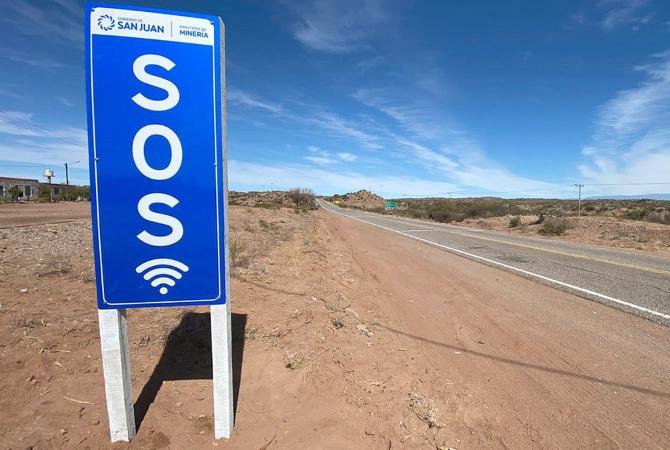 Instalan en Caucete el primer punto SOS wi fi de la provincia