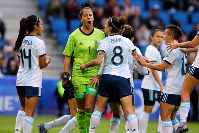 Qué necesita Argentina para clasificar a los octavos de final