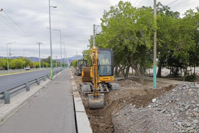 Avanza la ampliación de la red distribuidora de agua potable para el oeste de Rivadavia