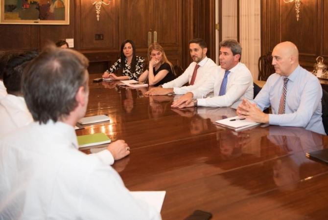 Uñac avanzó sobre relaciones comerciales con Estados Unidos