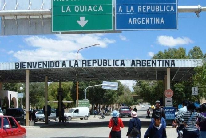 Por coronavirus, cierran las fronteras de Argentina