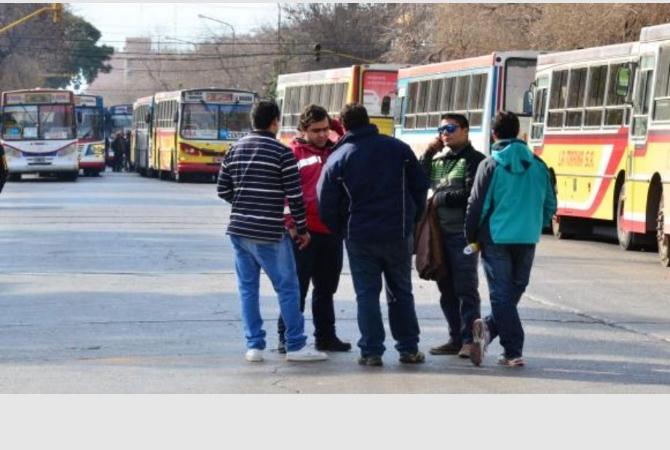 Confirmado: en San Juan no circularán colectivos el 1 de mayo