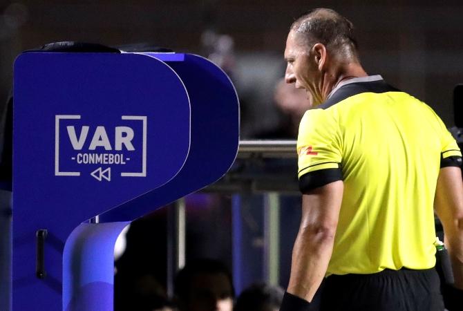 Conmebol confirmó que se utilizará el VAR en las próximas Eliminatorias rumbo al Mundial de Qatar 2022