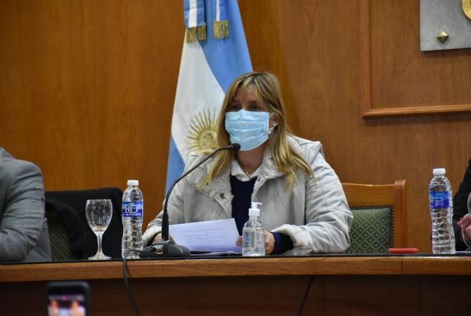 Dieron el alta hospitalaria a la ministra de Salud