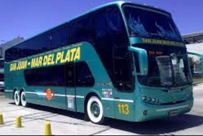 Cien empleados de dos empresas de transporte local serían despedidos