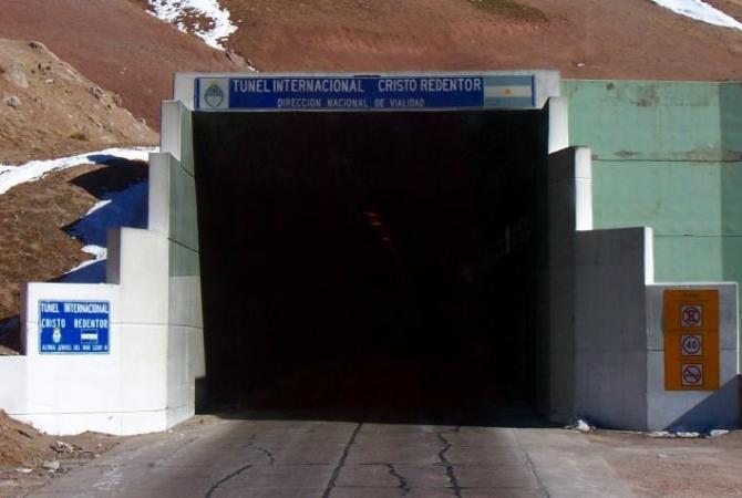 El túnel internacional permanecerá cerrado seis horas esta madrugada