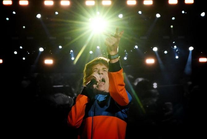 Los Rolling Stones vuelven a tocar tras la recuperación de Mick Jagger