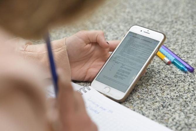 CLASES: uno de los padres podrá quedarse en casa cuando sea virtual