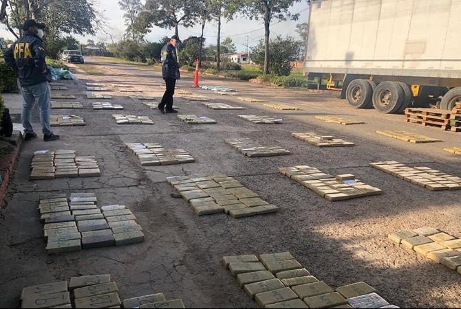 Incautan en el norte 800 kilos de droga que venía a San Juan