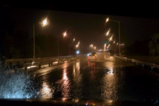 La intensa lluvia cortó rutas y dejó sin luz a parte del Gran San Juan