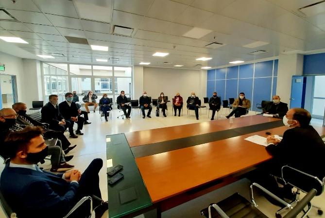 20 DE JUNIO: acuerdo a medias entre gremio y empresarios
