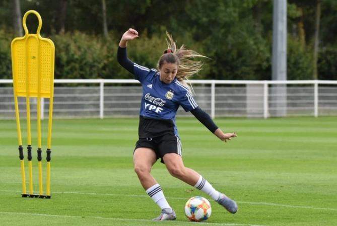 La Selección femenina se prepara para enfrentar a Inglaterra