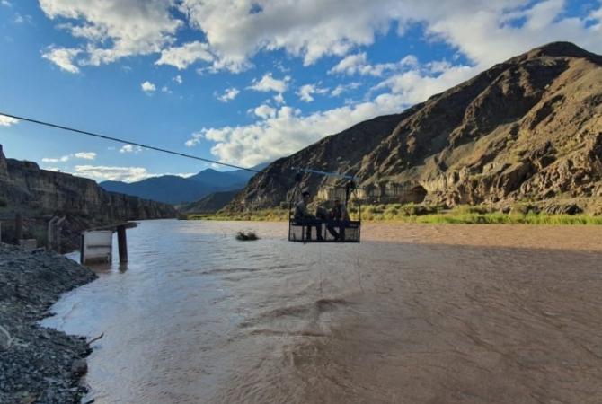 Instalaron una estación de monitoreo de agua en el cauce del Río Jáchal
