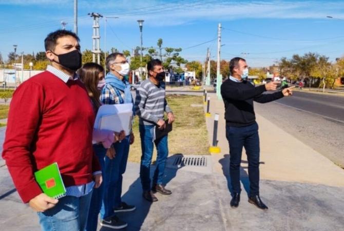 Importante calle de Rivadavia será de mano única