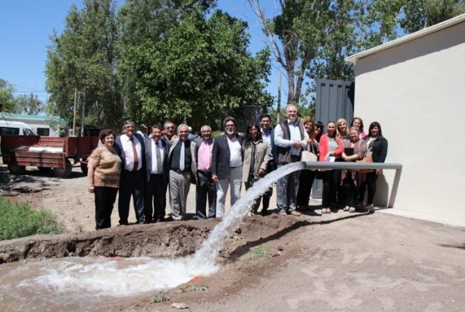 La Escuela de Enología ya cuenta con pozo para riego agrícola
